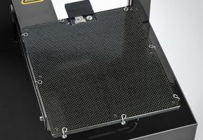 plus2-snap-up-platform-latching-1014x676-77q-300x200